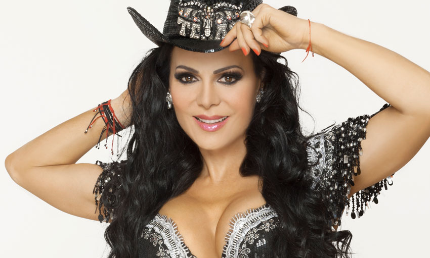 Maribel Guardia en concierto